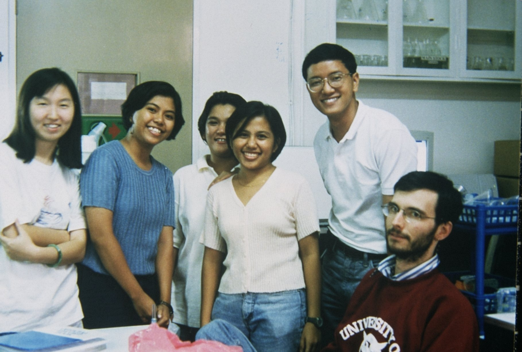qu_l_Mark_Benecke_NSRI_UP_Diliman_Manila_Philippines_DNA_Lab